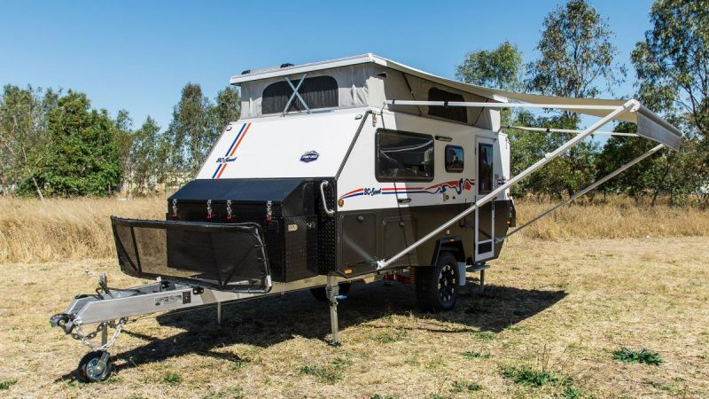 SC-Scout_Off-Road_Hybrid_Camper_Extended_Awning_Roof.jpg